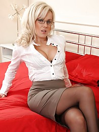 Sexy Syren in black stockings and office dress sex pictures